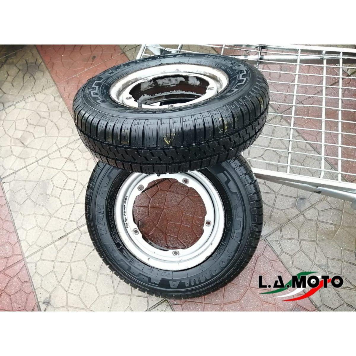 Due ruote complete per Piaggio Quargo misura 155 R12