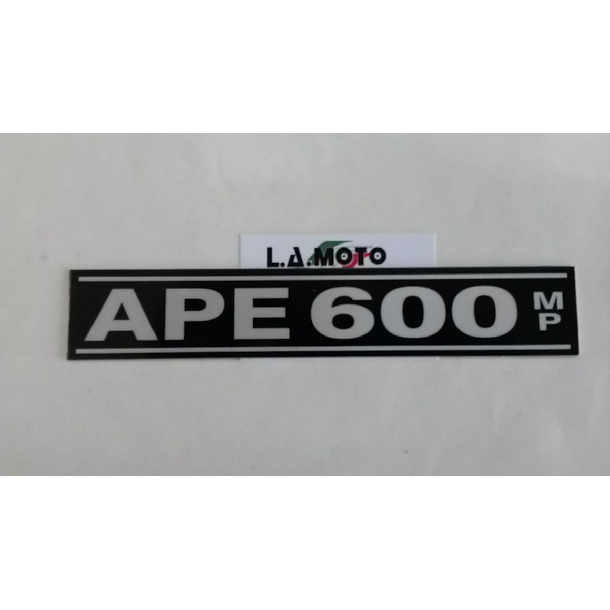 Scritta Ape 600 mp